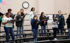 LHS choirs present 2018 Christmas concert on Tuesday night