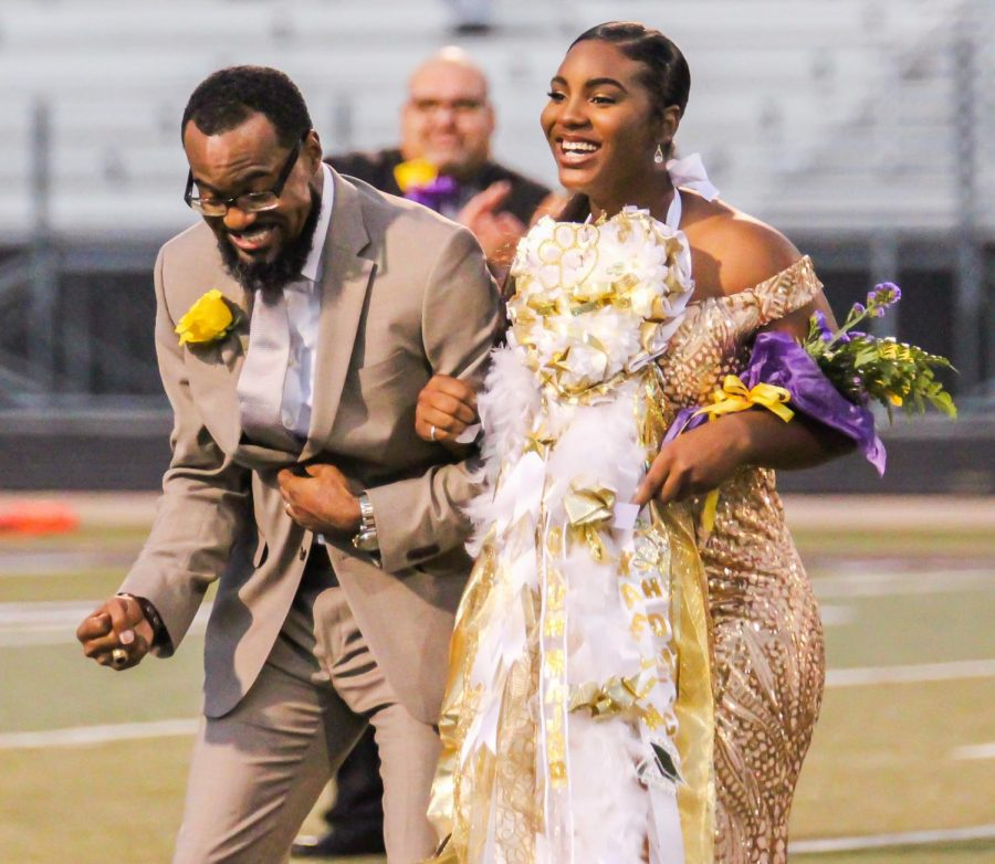 Panther Band drum major excited to be named 2019 homecoming queen