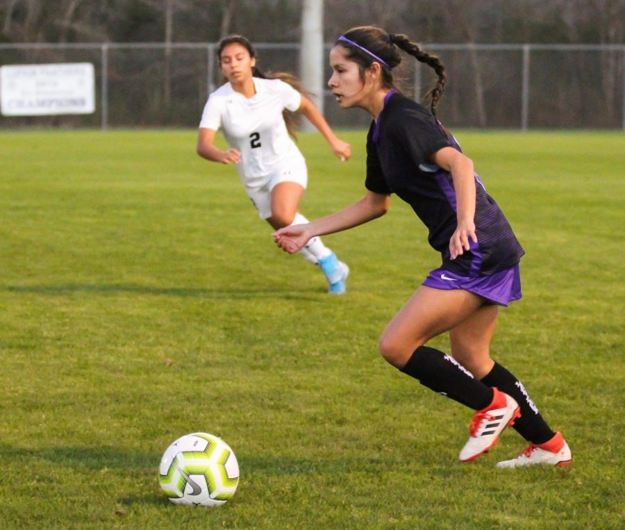 Lufkin High School sophomore Melissa Villegas controls the ball during the Lady Panthers' varsity soccer match against Nacogdoches on Friday night at the Jase Magers Memorial Soccer Complex. (Photo by JHOSSELYN AMADOR/Lufkin High School Student Media)
