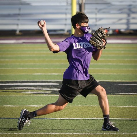 Junior second baseman Gavin Deltoro throws the ball during a practice on the turf of John Outlaw Memorial Field in Abe Martin Stadium this past week. (Photo by ANDY ADAMS/Lufkin ISD)